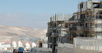 Les constructions à Maale Adumim sont toujours en cours malgré les appels au gel des travaux.