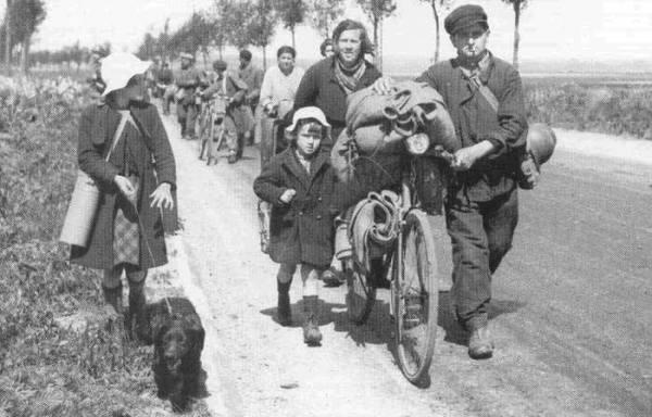 Migrants belges envahissant la France en mai 1940.